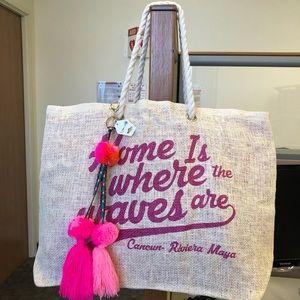 Handbags - Natural Woven Beach Bag